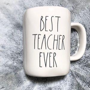 """🆕Rae Dun """"BEST TEACHER EVER"""" Mug"""